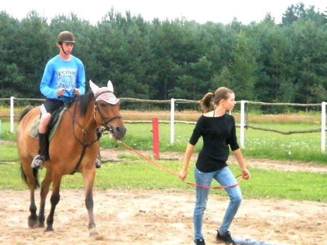 Obóz jeździecko-tenisowy Nowa Studnica
