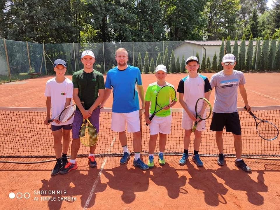 Obóz tenisowy w Harasiukach